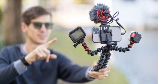 phone vlogging